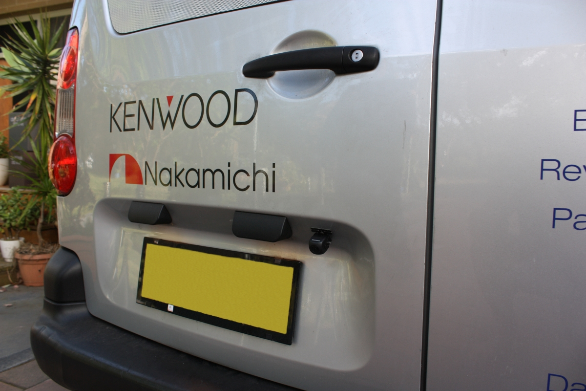 berlingo 2011 kenwood cmos 130 reverse camera creative. Black Bedroom Furniture Sets. Home Design Ideas