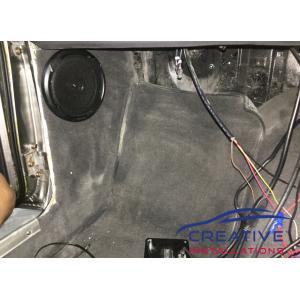 Datsun 1200 Ute Kenwood Speakers