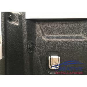 HiLux 12 volt plug