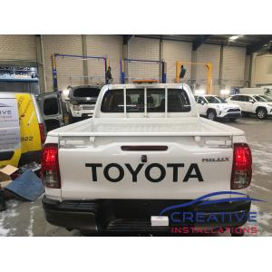 HiLux Narva Aeromax Warning Light