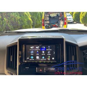 LandCruiser Apple CarPlay