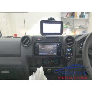 LandCruiser 70 GME UHF Radio