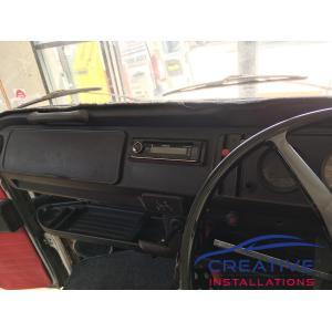 Kombi Van Kenwood KDC-BT620U Car Stereo