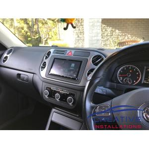 Tiguan Apple CarPlay Car Stereo DMX8018S